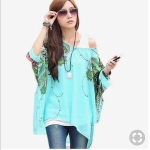 Tops - Floral batwing top